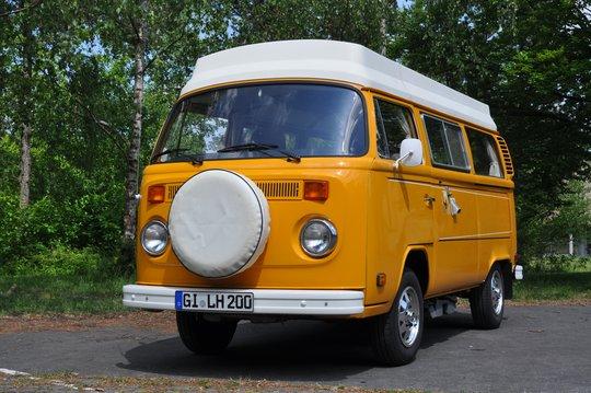 1. Preis 2018: VW T2b mit Riviera-Ausbau